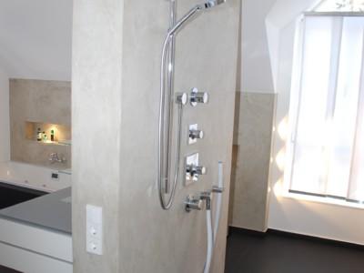 Wellness-Dusche nach Sanierung einer Eigentumswohnung